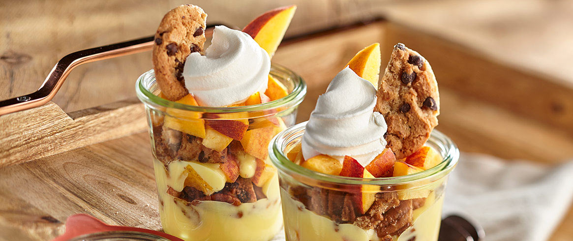 CHIPS AHOY! Southern Peach Cobbler Parfaits