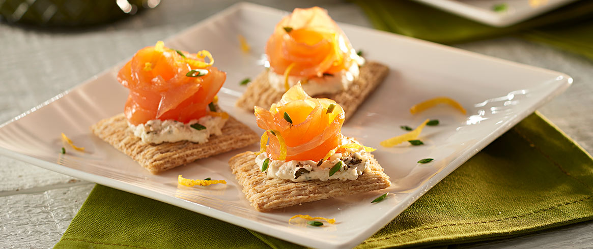 TRISCUIT Smoked Salmon Toppers
