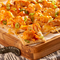 Buffalo Chicken Pull-Apart TRISCUIT